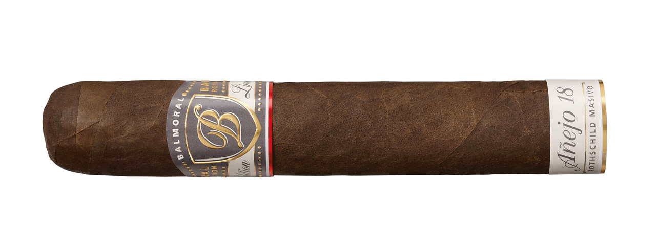 Balmoral-Anejo-18-cigar_1280x489px_E_NR-3272.jpg